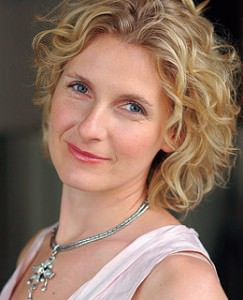 learn english with the news learn tips learning english elizabeth gilbert