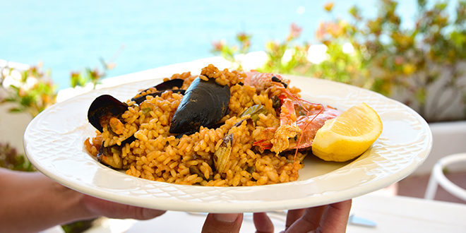 teach-how-to-cook-paella-in-english-abaenglish