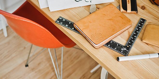 Mots et phrases du bureau en anglais aba journal for Fourniture et mobilier de bureau